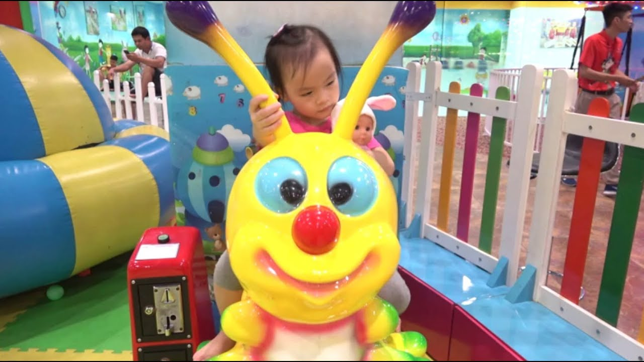 ABCkidTV Misa Family fun indoor playground for kids with toys at play area