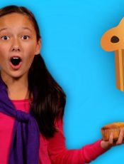 Muffin Man | Learn About Jobs | WHO STOLE THE COOKIE? | Mother Goose Club Playhouse Kids Video