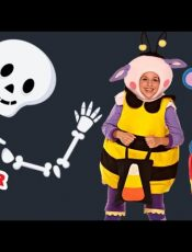 Halloween – A Haunted House on Halloween Night – Mother Goose Club Halloween Songs for Children