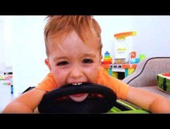 Johnny Johnny Yes PaPa Rhymes 学习颜色与婴儿Gombal糖果孩子手指家庭的话 Part 97