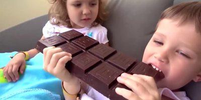 Johny Johny Igen Papa Óvodai Gyerekek Gyerekeknek Dalok Gyerekek Óriás Csokoládé Fagylalt Chupa Chu