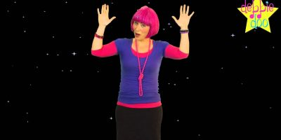 Debbie Doo Kids Song – Twinkle Twinkle Little Star – With Actions.