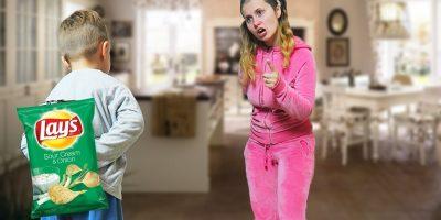Johny Johny Yes Papa | Alex Fura Produse cand Ariana o Distrage | Kids Video Pentru Copii
