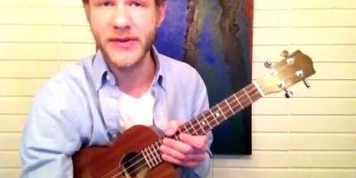 "Fingerpicking ""Twinkle, Twinkle Little Star"" on Ukulele"