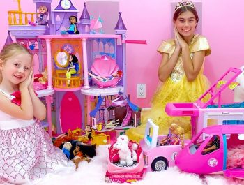 Nastya and Stacy found new toys and dolls – princesses