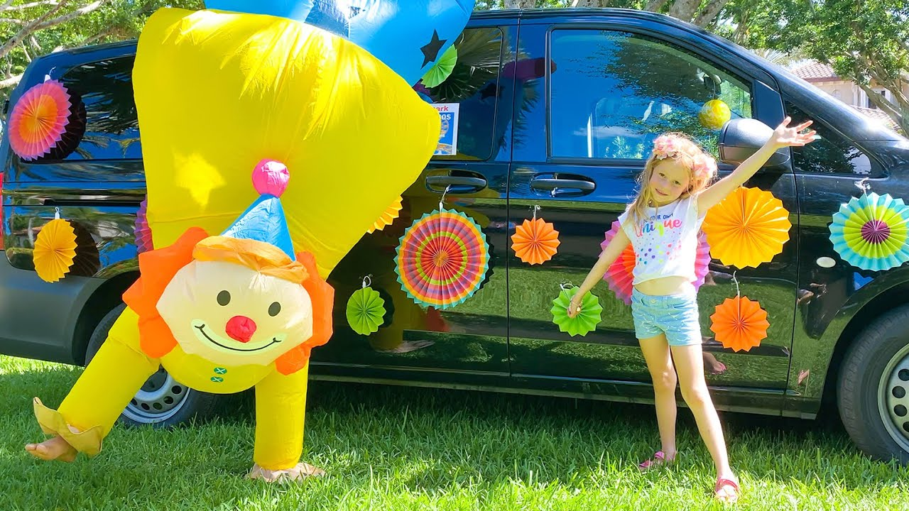 Nastya and her travels in a colored car