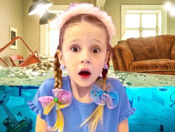 Nastya invites princesses to a play date | A story about friendship for children
